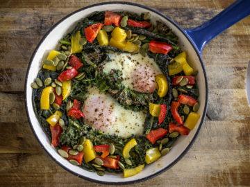 Baked Eggs, Kale, Capsicum and Pumpkin Seeds - Paleo Breakfast