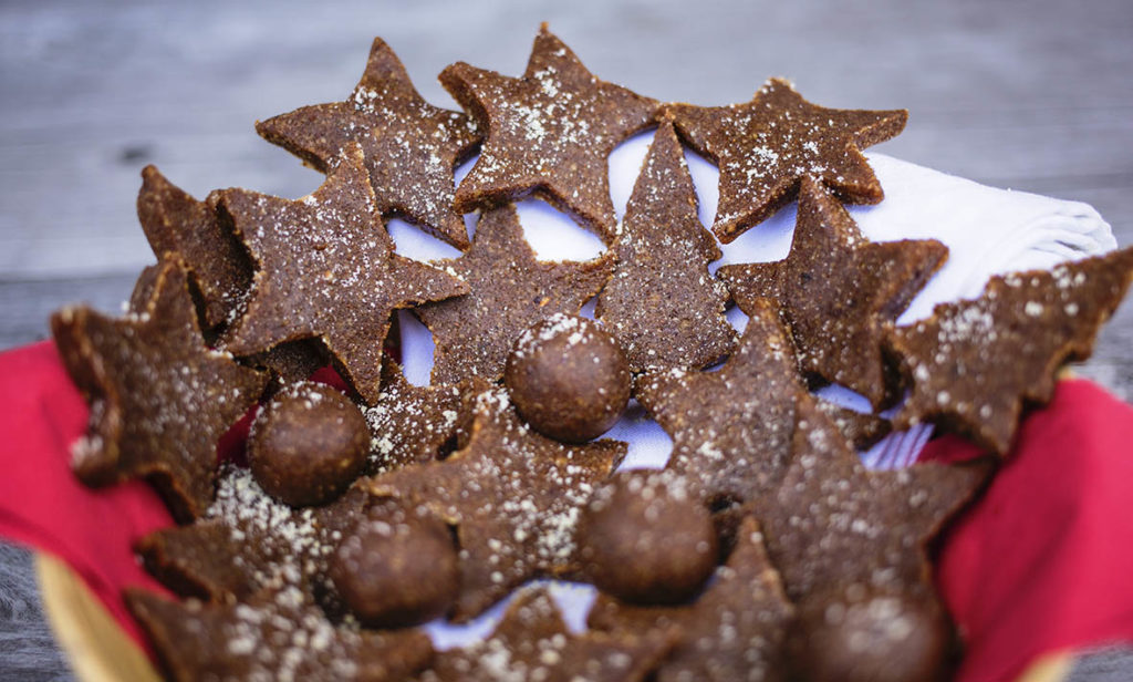 A healthy Christmas Sweet Treat that tastes so good! Gluten Free, Refined Sugar Free & Vegan