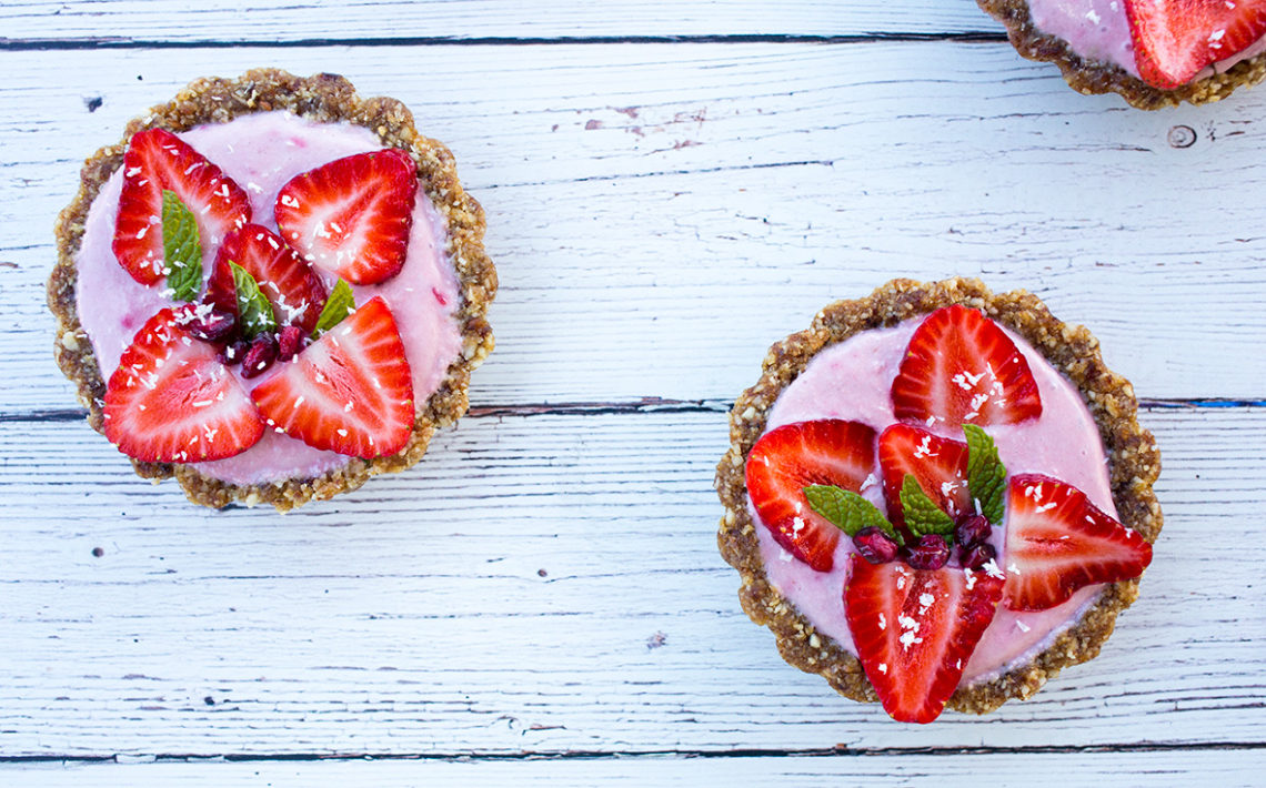 Mini Strawberry Tarts - Birds Eye View