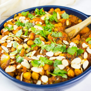 Close up of chickpea stew for vegetarian category.